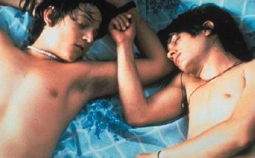 Gael Garcia Bernal e Diego Luna poco dopo la scena del bacio gay nel film Y tu mamá también