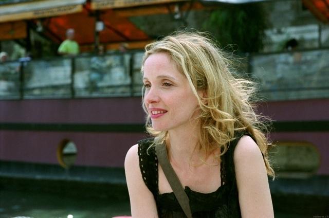 Julie Delpy in una scena del film Prima del tramonto