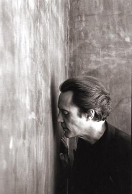Un intenso Christopher Walken in uno scatto di Greg Gorman