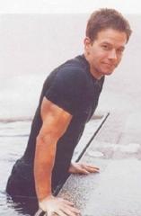 Mark Wahlberg a bordo piscina