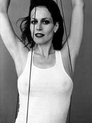 una sexy immagine di Sigourney Weaver