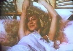 Cecilia Roth in una scena di Che ho fatto io per meritare questo?