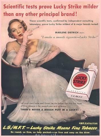 Marlene Dietrich in una pubblicità per una marca di sigarette