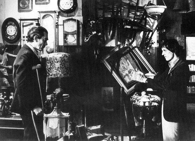 Dario Argento dirige Sacha Pitoeff sul set di Inferno