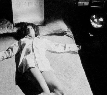 Nancy Kyes in una foto promozionale per Halloween