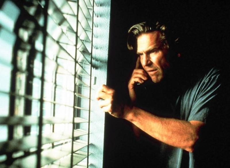 Jeff Bridges in una scena di Arlington Road