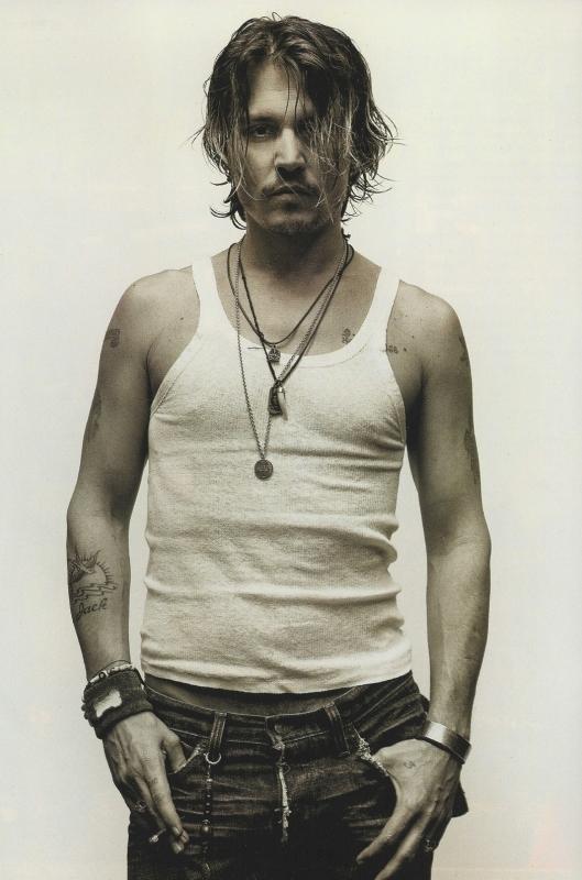 Una sexy immagine di Johnny Depp