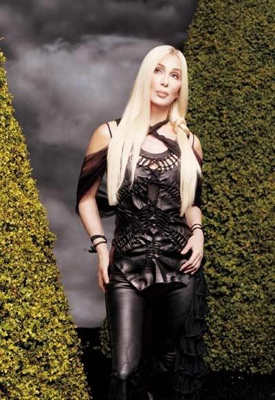 Cher in versione platino