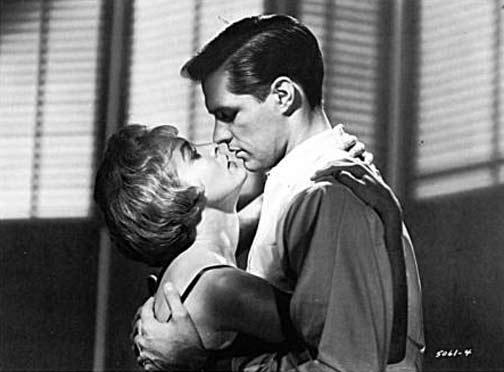 Janeth Leigh e John Gavin in una scena di 'Psycho'