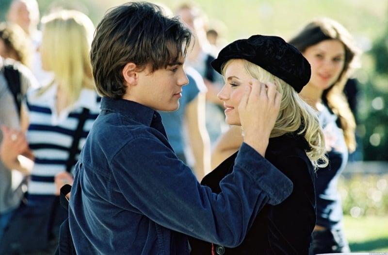 Emile hirsch e elisha cuthbert in una scena del film la - La ragazza della porta accanto 2004 ...