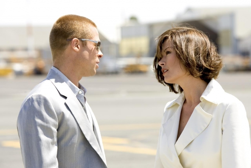 Brad Pitt e Catherine Zeta Jones in Ocean's Twelve