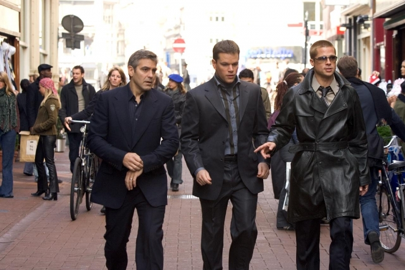 Brad Pitt, Matt Damon e George Clooney in Ocean's Twelve