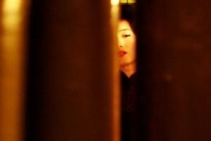 Li Gong in una scena di 2046