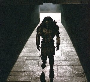 Predator in una scena di Alien Vs. Predator