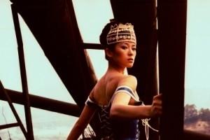 Zhang Ziyi in una scena di 2046