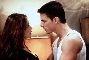 Emmanuelle Béart e Tom Cruise in una scena di Mission: Impossible