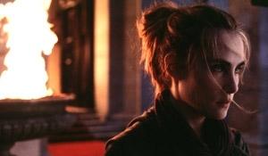 Emmanuelle Seigner in una scena di La nona porta