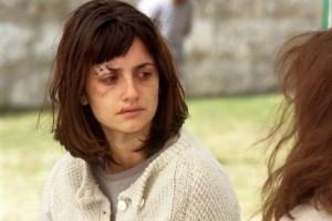 Penélope Cruz in una scena di Gothika (2003)