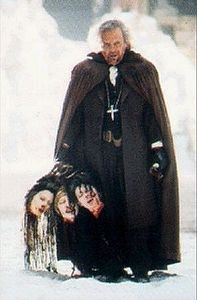 Anthony Hopkins in una scena di Dracula