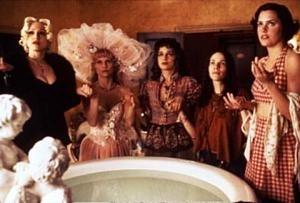 Madonna in una scena di Four Rooms