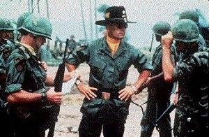 Robert Duvall in una scena di Apocalypse Now