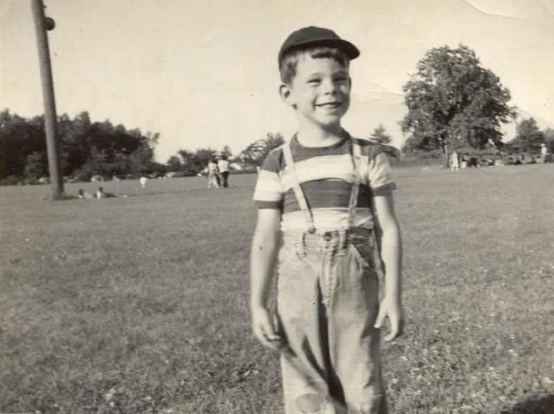 Stephen King in una foto di famiglia del 4 giugno, 1952