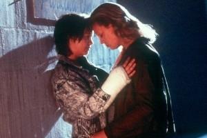 Charlize Theron e Christina Ricci in una scena del dramma Monster