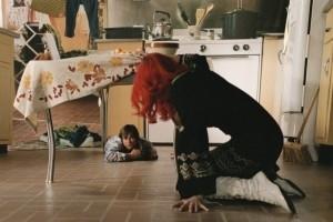Jim Carrey e Kate Winslet in una scena di Se mi lasci ti cancello