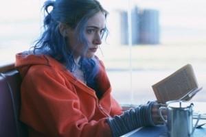 Kate Winslet in una scena di Se mi lasci ti cancello