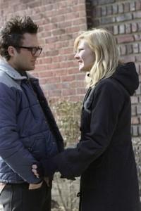 Kirsten Dunst e Mark Ruffalo in una scena di Se mi lasci ti cancello