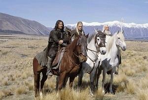 Ian McKellen, Viggo Mortensen e Orlando Bloom in una scena di Il signore degli anelli - Le due torri