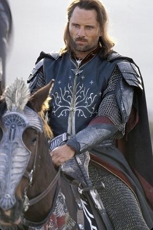 Viggo Mortensen è il fascinoso Aragorn in una scena di Il signore degli anelli - Il ritorno del re