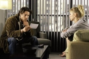 Naomi Watts e Martin Henderson in una scena di The Ring