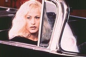 Patricia Arquette in una scena di Strade perdute