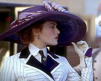 Kate Winslet in una scena del film Titanic