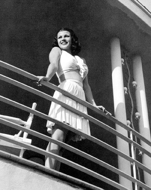 Rita Hayworth, quando era ancora Carmen Cansino...