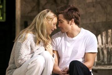 Jake Gyllenhaal e Gwineth Paltrow in una scena di Proof