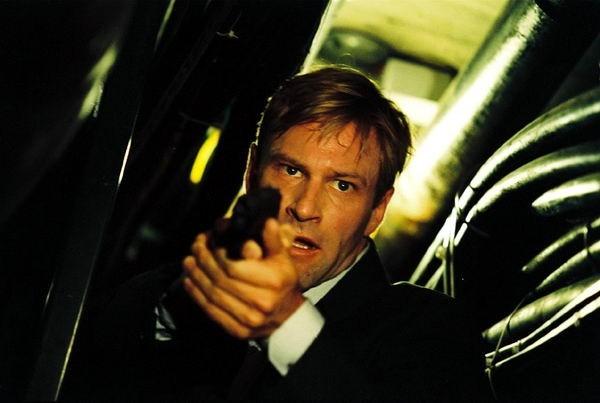 Aaron Eckhart in una scena del film Suspect Zero