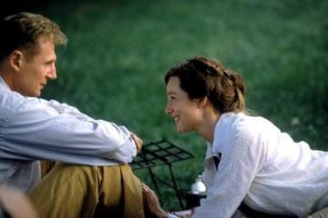 Liam Neeson e Laura Linney in una scena di Kinsey