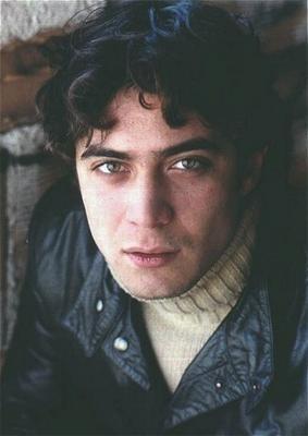 Riccardo Scamarcio, l'attore è nato il 13 novembre '79, sotto il segno dello Scorpione