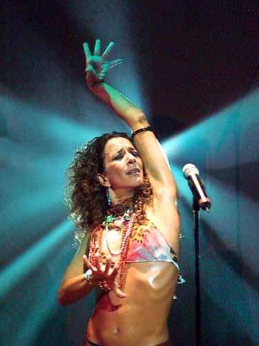 Rosario Flores in concerto