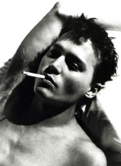Un primo piano di Johnny Depp - l'attore è nato il 9 giugno 1963 sotto il segno del Gemelli