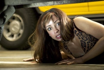 Mya in una scena di Cursed