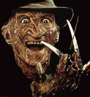 Robert Englund nei panni di Freddy Krueger, signore degli incubi