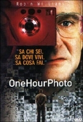 La copertina DVD di One Hour Photo