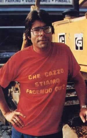 Una simpatica foto di Stephen King sul set di Brivido.