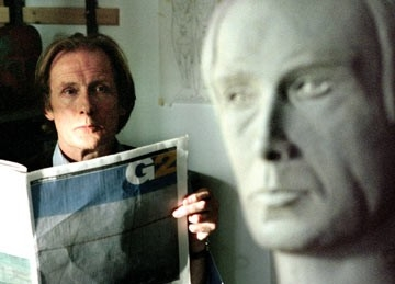 Bill Nighy in una scena de L'amore fatale