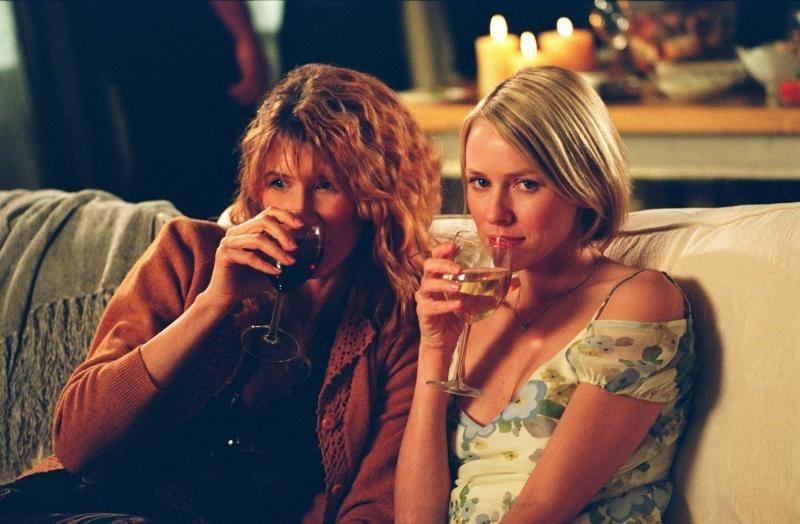 Naomi Watts e Laura Dern in una scena di I giochi dei grandi