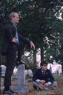 Jason Schwartzman e Bill Murray in una scena di Rushmore