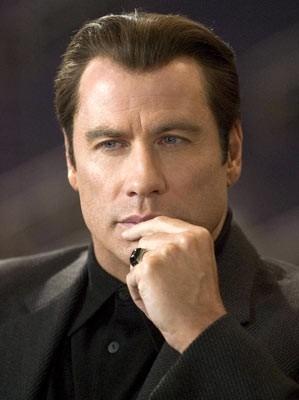 John Travolta in una scena di Be Cool